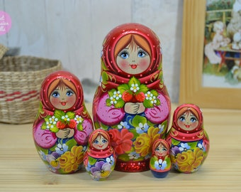 Matryoshka, Gift idea for wife, Russian doll, Cute gift for her, Hand painted nesting dolls, Babushka with strawberry, Wooden handicraft
