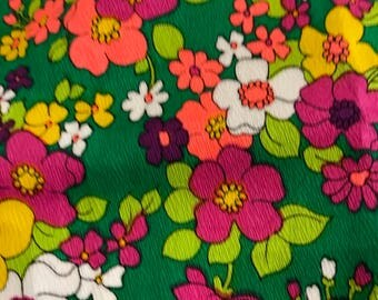 Vintage 1960s  /70s flower power original cotton blend