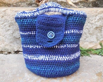 Crochet wool tote bag