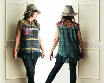 Upcycled Flannel plaid tunic, sleeveless, ooak, navy green plaid, floral embroidery, forest green lace, size medium, rustic, country chic