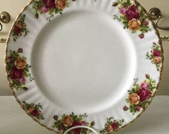 Royal Albert 1st Quality Old Country Roses Dinner Plate