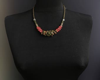 necklace with unakite