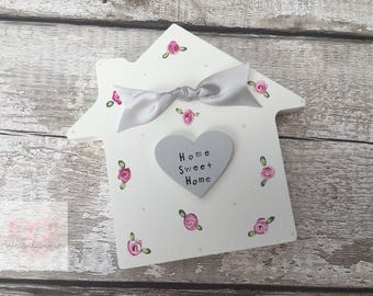 15cm Freestanding Home Sweet Home House with Heart and Bow