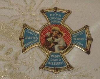 Ex voto. Reliquaire en métal. Objet religieux. Vintage. France