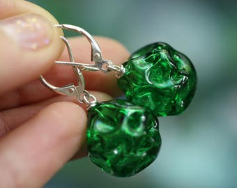 Glass blown earrings - Morel design of hand-blowing glass - Silver hardware - Green emerald grass color - transparent - lightweight