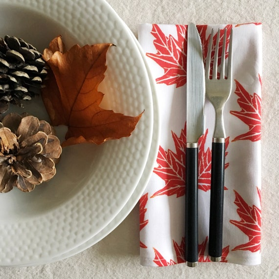 FREE SHIPPING! Organic cotton sateen dinner napkins, set of four, red maple leaves, christmas gift, red decor, cottage chic