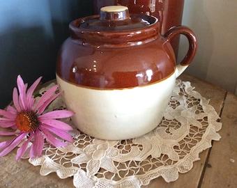 Vintage bean crock stoneware oven dish USA made Robinson Ransbottom kitchen baking dish casserole