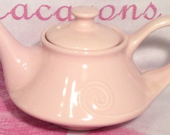 Pretty in Pink-Musical Teapot