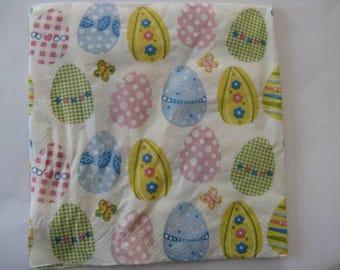 set of 2 eggs paper napkins