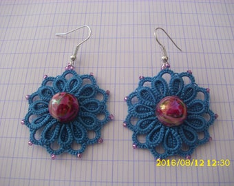 "Earrings ""blue"" hand-made in tatting"