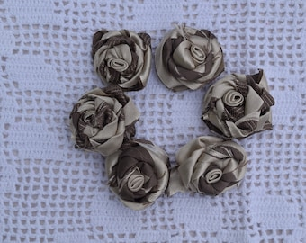 Set of 6 roses shabby fabric - beige and chocolate satin fabric Roses - pink handmade - material for creating - six roses identitiques