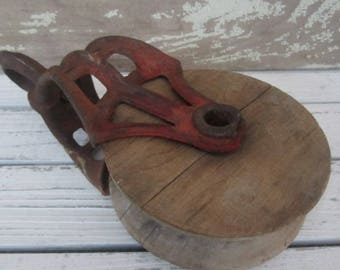 Vintage Red Barn Pulley Metal & Wood Pulley Industrial Farm Farmhouse Rustic Home Decor