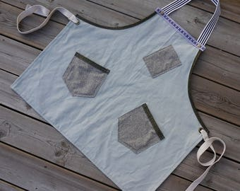 Light Tiffany Green Linen Apron