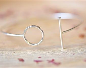 Circle Bangle | Geometric Bracelet | Silver Bangle