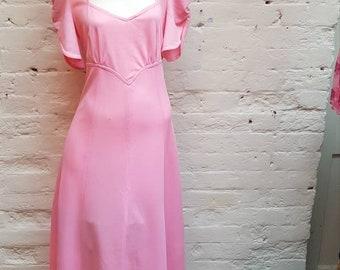 1970s pink maxi dress.