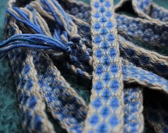 2 m long tablet woven trim, blue & beige viking celtic galon medieval belt, tablet weaving band, larp fantasy clothing detail, sash, ribbon