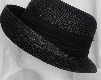 Vintage Hat, Black, cloche style.