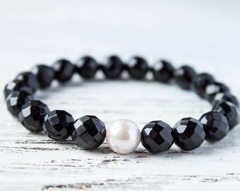 Black Faceted Beads Pastel Shaded Pearls Mother of Pearl Sister Bracelet White Sea Shell Moms Wife Gift Cousin Bracelet Girlfriend Bracelet