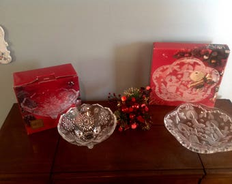 New in Box set of (2) Mikasa Footed Christmas Candy Nut Bowl