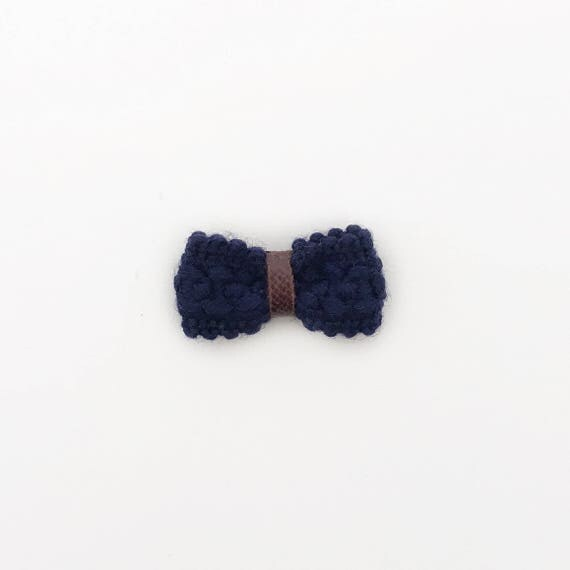 Acacia>> MINI size | navy blue Japanese knitted mini bow clips with faux leather detail for baby/toddler/kids