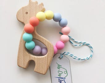 Teether silicone beads wood giraffe summer colors