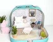 Suitcase Dollshouse : Extra Small Coastal House