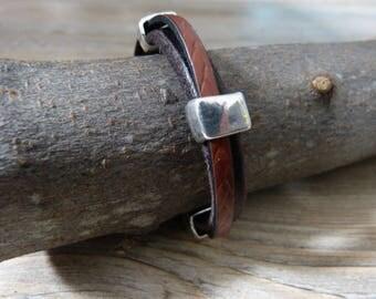 Textured leather men bracelet