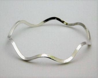 Wavy Sterling Silver Triangle Wire Bangle