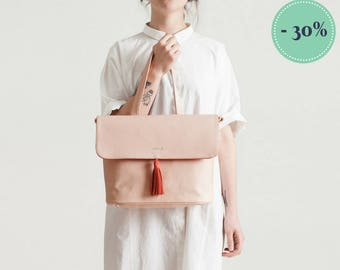 One-TWO-two tone leather bag