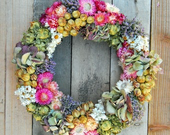 Dried flower wreath: different designs available, floral wreath, door wreath, natural wreath, dried floral, indoor wreath, all year wreath