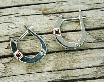 "Silver earrings with garnet ""Makosh"""