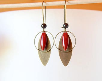 earring with red sequin, ring and shuttle color bronze