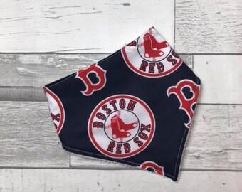 Modern Baby Bandana Bib,  Baby bandana bib, unisex bib, teething baby, Boston Red Sox, Baseball bib