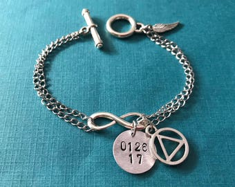 AA Recovery Jewelry / Alcoholics Anonymous Bracelet / Custom Date Bracelet with Silver Infinity & AA Charm / Sobriety Date / AA Bracelet