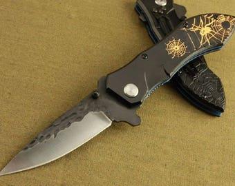 Knife Folding Pocket SPIDER Relief 8.5 cm sleeve 11 engraved steel blade