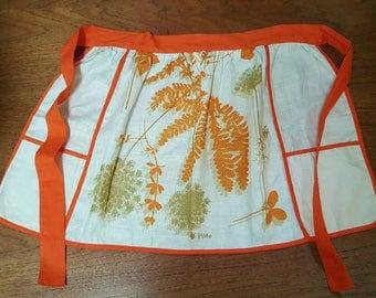 Vintage 60s VERA Neumann Mid Century Mod Groovy Floral Ferns Print Linen Apron