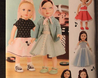 Simplicity 8072   Elaine Heigl Designs   18 in Doll Clothes