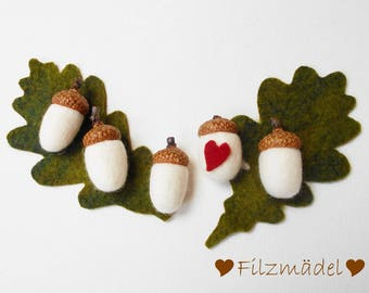 Felted acorns with oak leaves