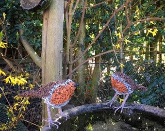 Robin wire garden sculpture / ornament.Gift. Metal sculpture. Garden - Outdoor - patio - garden decor
