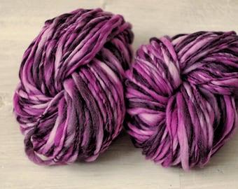Art yarn Handspun Merino Wool novelty yarn purple Merino Wool slub thick and thin white pink
