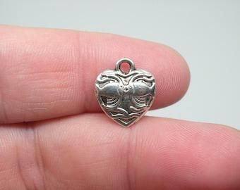 15 Silver Tone Kissing Fish Heart Charms. B-026