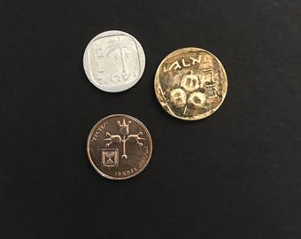 Israel Agorot coins 5 10 and 1 vintage Holy land