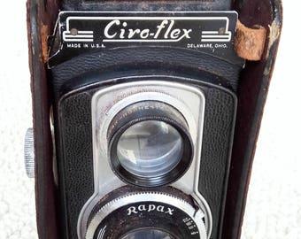 VINTAGE 1940's CIRCOFLEX CAMERA