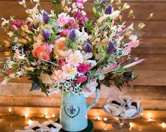 Vintage Rustic Chic Style Wildflower Arrangement Centerpiece