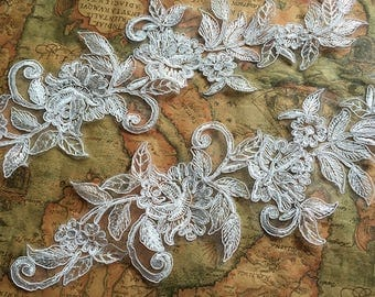 1 pair Bridal Lace Applique Trim Appliques in Off-White for   Weddings,Sashes,Veils,Headpieces, WL878
