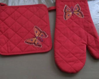oven Mitt and Potholder quilted red with a hand embroidered Butterfly