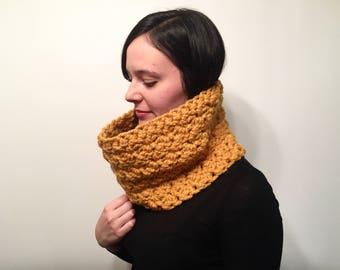 Crochet Textured Winter Cowl // Women's Crochet Snood // Infinity Scarf