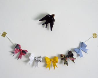 Recycled origami bows garland