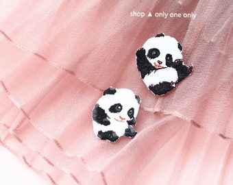 KUNG FU PANDA -- Handmade Embroidered Patch Brooches Pins/Fabric Badge/Iron-On Patches/Animal/Wild/Pandas/Life