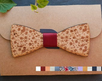 Flower wood Bow Tie, natural cherry wood, can be personalized with engraving and ribbon to choose